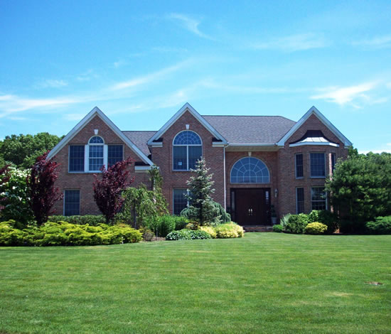 Princeton Court Apartments: Sweet Hollow Farms In Melville - The Yale